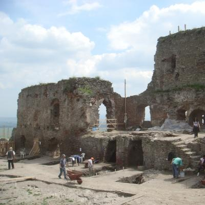 An excavation site in which Projects Abroad volunteers carry out archaeology volunteering work in Romania.